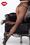 Collant résille couture et strass : Collants en résille avec une couture arrière éclairée de strass qui remonte le long des jambes.